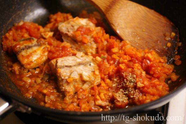 サバと野菜のトマト煮込みの作り方の手順5の画像