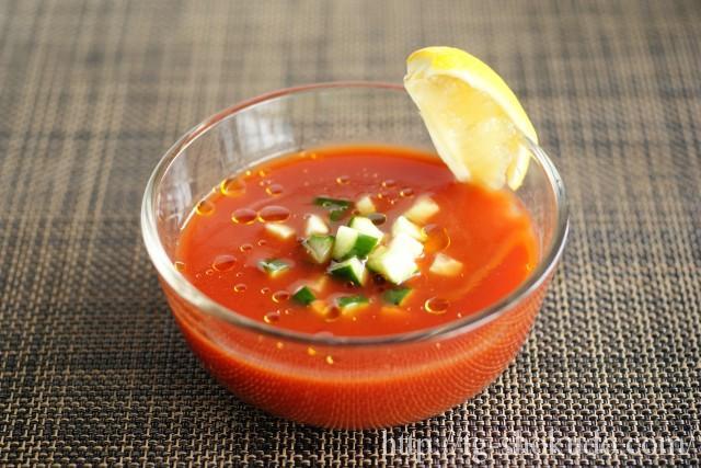 きゅうりのトマトジューススープ