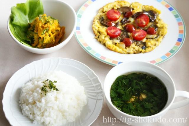 中性脂肪を下げる1週間の献立例【夏~秋の3日目】忙しい朝でも対応できる卵と夏野菜の献立