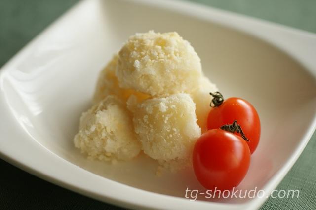 チーズの粉吹き芋